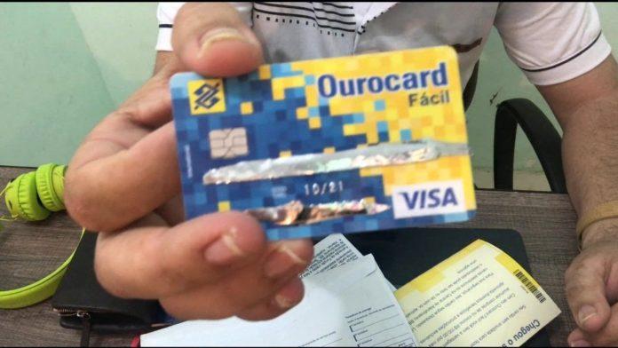 Cartão ouro card do banco do Brasil