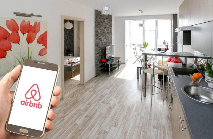 Airbnb anuncia fundo de US$ 250 milhões para ajudar anfitriões com custos de cancelamentos