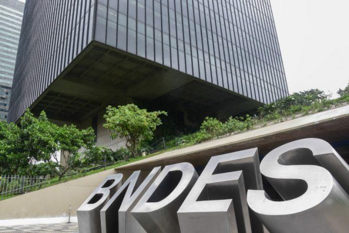 BNDES anuncia crédito emergencial de R$ 2 bilhões para empresas do setor de saúde